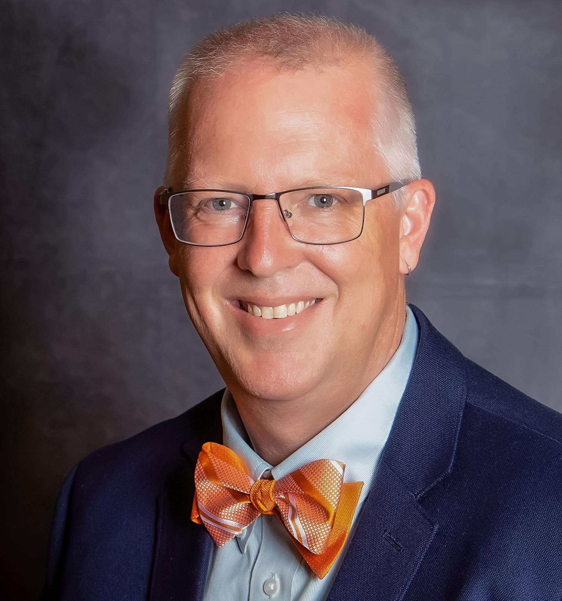Dr. Joshua Summers